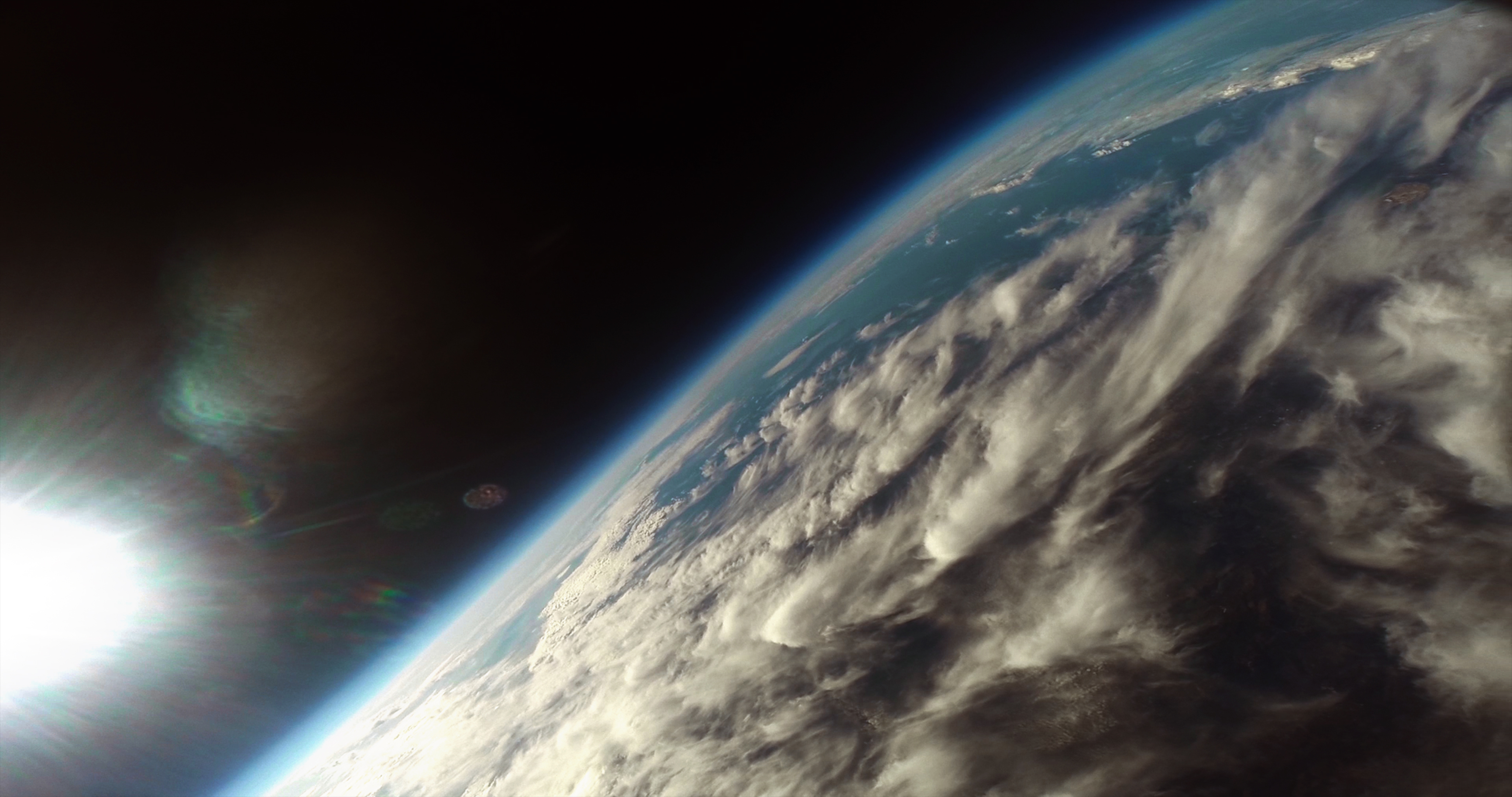 Students Capture Amazing GoPro Footage of Earth from a High Altitude Balloon!